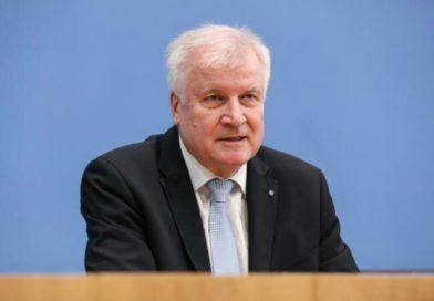 Allemagne: les déclarations-chocs du nouveau ministre de l'Intérieur sur l'islam